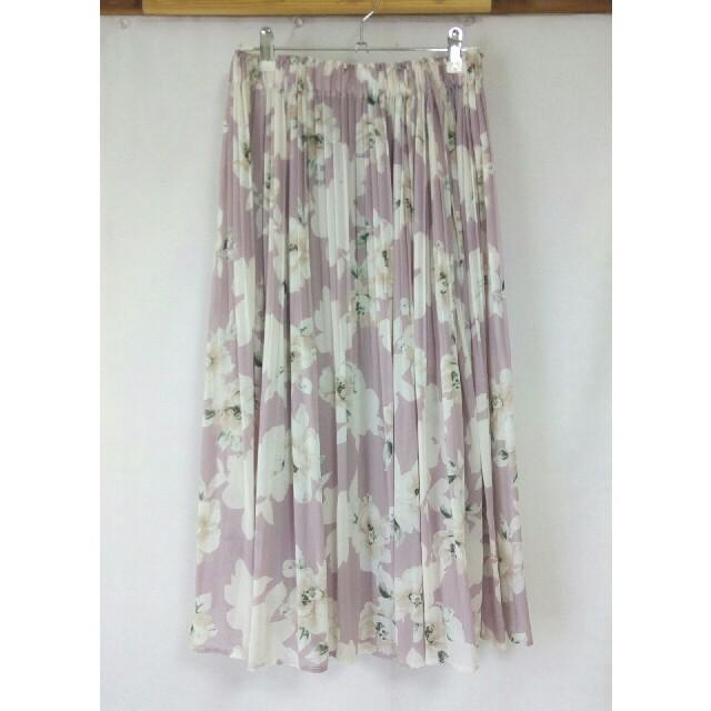 しまむら(シマムラ)の❁ピンクの花柄スカート❁ レディースのスカート(ひざ丈スカート)の商品写真