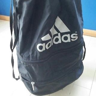 アディダス(adidas)のスポーツバック(3段に分かれている)(その他)
