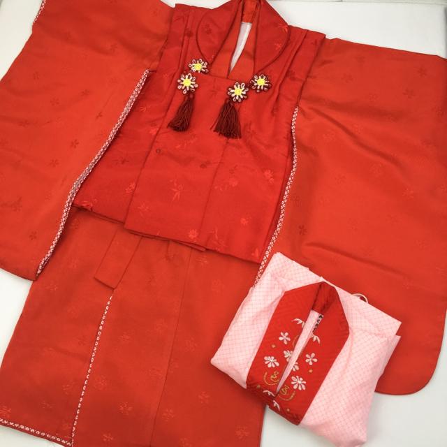 七五三 3歳 女の子 被布セット お花 A-2648 キッズ/ベビー/マタニティのキッズ服 女の子用(90cm~)(和服/着物)の商品写真