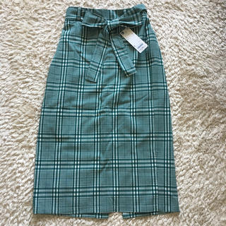 ジーユー(GU)のGU ウエストリボンチェックナローミディスカート(ひざ丈スカート)