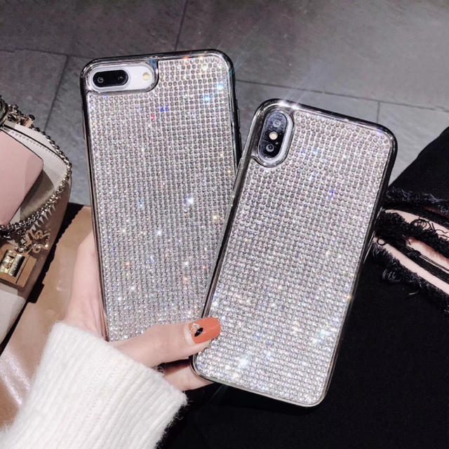 iphone8 ケース burberry - キラキラ ラインストーン iPhoneケース スワロフスキー風の通販 by galaxycountry's shop|ラクマ
