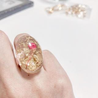 32dbb84502d90 赤のドライフラワー金箔リング❤ ハンドメイド レジンリング 指輪フラワーリング(リング)