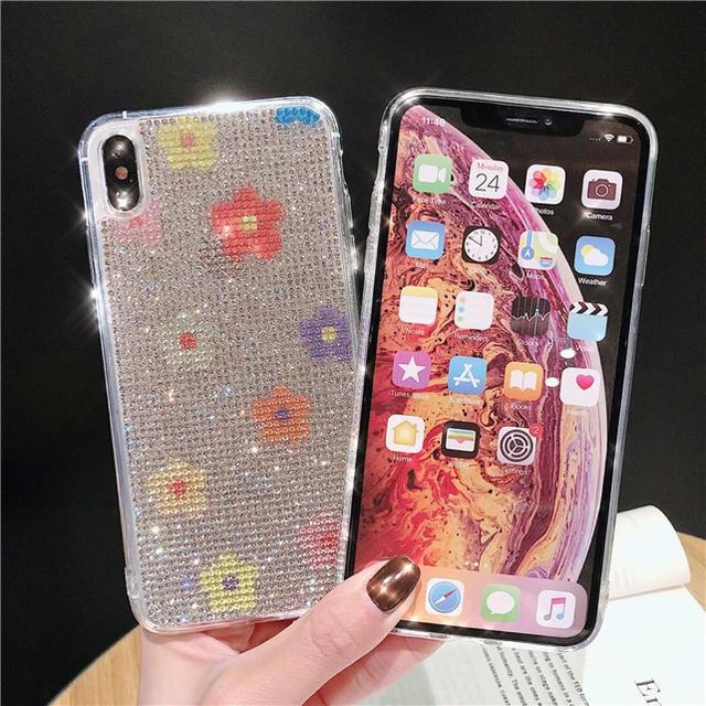iphone ホワイト | 即納 送料込 花柄 キラキラ ラインストーン iPhoneケースの通販 by galaxycountry's shop|ラクマ