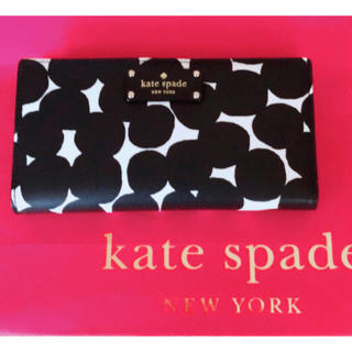 kate spade new york - 【入手困難】kate spade  大人気 長財布 新品 ドット 水玉