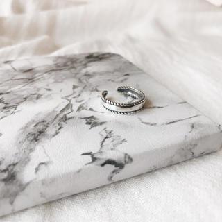 サイドデザインリング silver925 シルバー サイズ調節可能(リング(指輪))