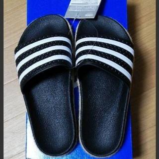 アディダス(adidas)の新品 adidas アディダス サンダル 24.0(サンダル)