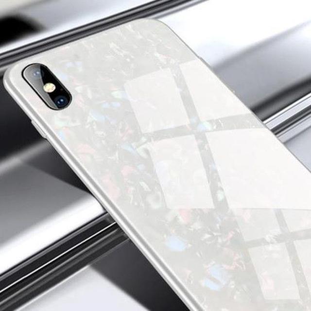 iphone 8 スマホケース 手帳 型 | (ホワイトiphone XR) iphoneケース ガラスシェル キラキラ の通販 by 楽マー太郎's shop|ラクマ