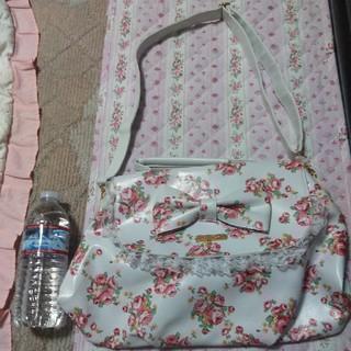 リズリサ(LIZ LISA)の★新品★LIZ LISA ショルダーバッグ(ショルダーバッグ)