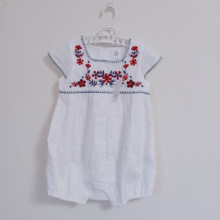 babyGAP - 新品未使用 baby gap 花柄刺繍ロンパース 80size