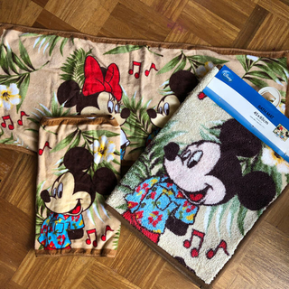 Disney - ALOHA ミッキー ミニー バスマット フェイスタオル セット