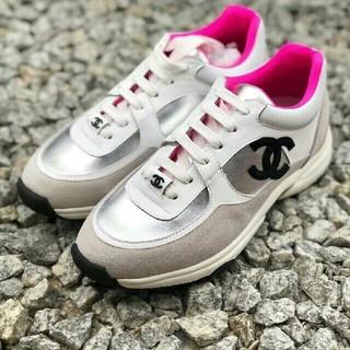 シャネル(CHANEL)のCHANEL シャネル スニーカー靴 19ss(スニーカー)