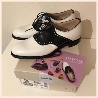 クラークス(Clarks)の☆新品☆Clarks ドレスシューズ 23cm(ローファー/革靴)