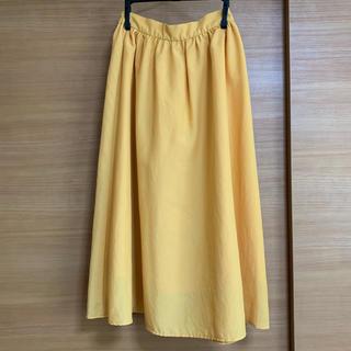 ジーユー(GU)のスカート イエロー GU (ひざ丈スカート)
