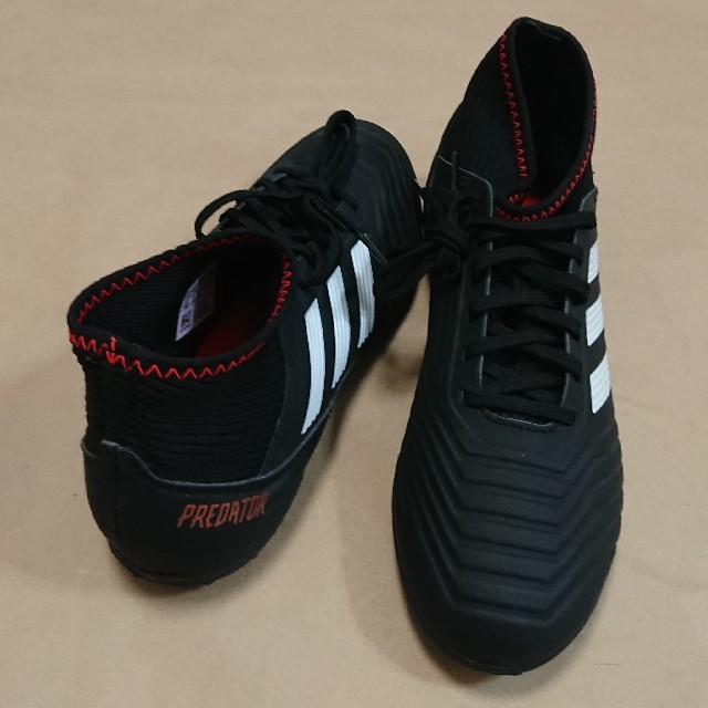adidas(アディダス)のサッカートレーニングS 22cm アディダス PREDATORTANGO18.3 スポーツ/アウトドアのサッカー/フットサル(シューズ)の商品写真