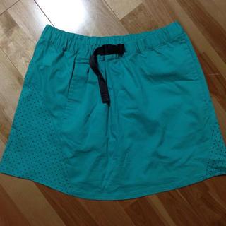 ナイキ(NIKE)の新品*ナイキ*スカート(ひざ丈スカート)