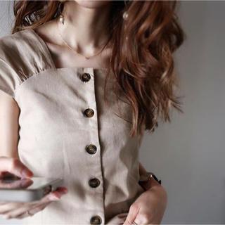 ティティベイト(titivate)の▪️タグ付き未使用新品▪️ titivate フロントボタンブラウス(シャツ/ブラウス(半袖/袖なし))