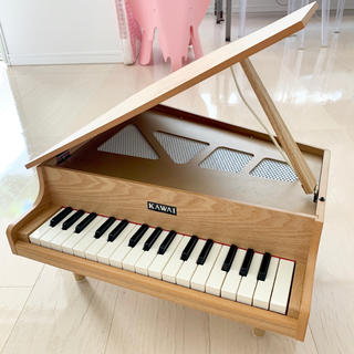 カワイイ(cawaii)の♪週末限定値下♪KAWAI ミニグランドピアノ 木目🎵カワイ おもちゃ(楽器のおもちゃ)