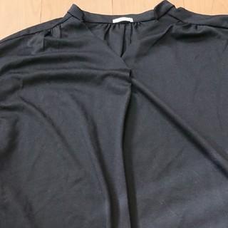 ジーユー(GU)のGUトップス(カットソー(半袖/袖なし))