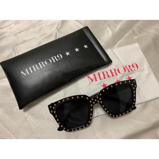 GYDA - MIRROR9 スタッズサングラス