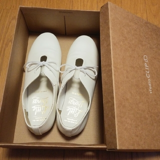 スタディオクリップ(STUDIO CLIP)の【未使用】リボンフラットシューズ📎studioclip(ローファー/革靴)