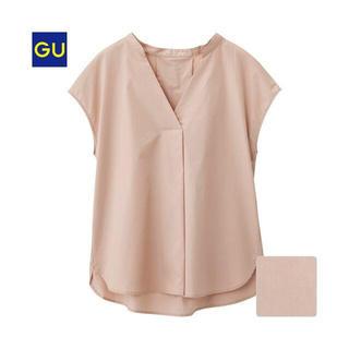 ジーユー(GU)のスキッパー ボリュームスリーブブラウス(シャツ/ブラウス(半袖/袖なし))