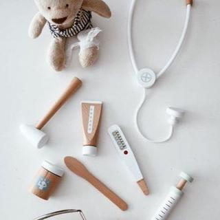 イケア(IKEA)のおまとめ2点  ドクターセット&カップケーキ(知育玩具)