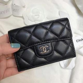CHANEL - CHANEL 三つ折り財布 ウォレット