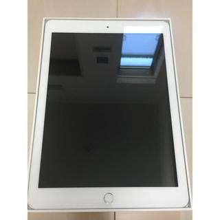 アイパッド(iPad)の【美品】ipad 2018 第6世代 32GB WiFi シルバー(タブレット)