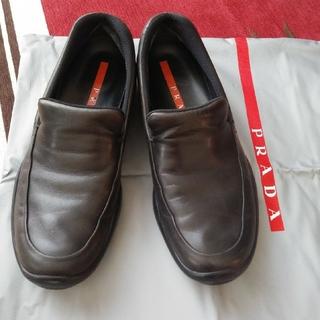 プラダ(PRADA)のPRADAローファー「34 1/2」(ローファー/革靴)