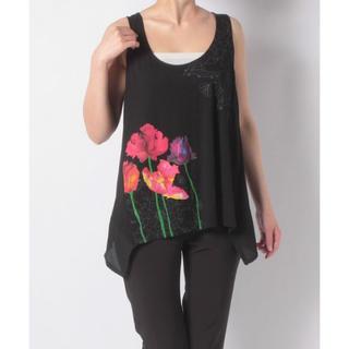 デシグアル(DESIGUAL)の新品♡定価7900円 デシグアル  トップス  M、Lサイズ 大特価‼️(Tシャツ(半袖/袖なし))