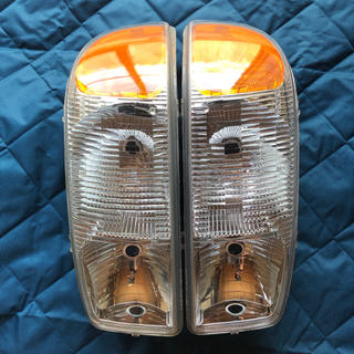 ジーエムシー(GMC)のGMCユーコン シエラ ヘッドライト 確認用(車種別パーツ)