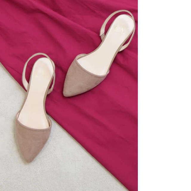 N.Natural beauty basic(エヌナチュラルビューティーベーシック)のエヌナチュラルビューティーベーシック サンダル パンプス ストラップ イエナ  レディースの靴/シューズ(ハイヒール/パンプス)の商品写真