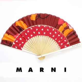 マルニ(Marni)の新品 マルニ フラワーカフェ 扇子 シルク ケース ショッパー レッド イチョウ(その他)
