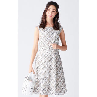 ee06a3cb3e780 トッカ(TOCCA)の☆TOCCA今季新作6.9万洗えるドット刺繍ドレス0