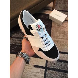 MONCLER - Moncler  靴/シューズ スニーカー サイズ42