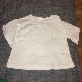 シマムラ(しまむら)の白 袖フリルトップス(Tシャツ/カットソー)