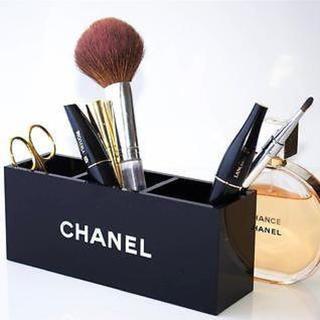シャネル(CHANEL)のシャネルブラシスタンド アクリル CHANEL 新品(小物入れ)