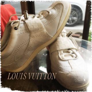 ルイヴィトン(LOUIS VUITTON)のLV sneakers 3021様専用(スニーカー)