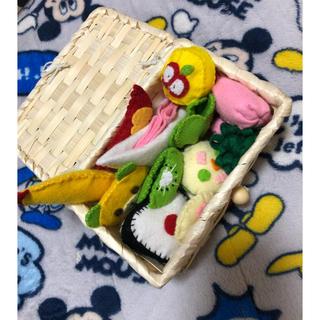 手作りお弁当(知育玩具)