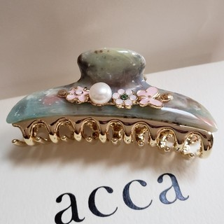 アッカ(acca)の新品未使用 アッカ PRIMAVERA プルマヴェーラ グリーン 中クリップ(バレッタ/ヘアクリップ)