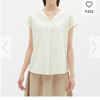 ジーユー(GU)の❤︎ 新品タグ付き gu オープンネックシャツ ❤︎(シャツ/ブラウス(半袖/袖なし))