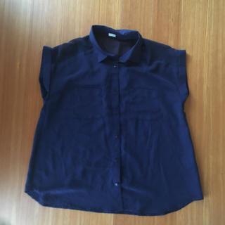 ジーユー(GU)のシャツ/ブラウス M(シャツ/ブラウス(半袖/袖なし))