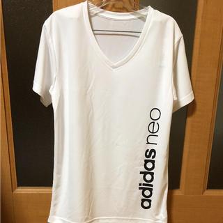 アディダス(adidas)のadidas neo  Vネックシャツ(Tシャツ/カットソー(半袖/袖なし))