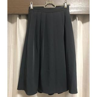 ジーユー(GU)のGU ひざ丈 スカート 春夏(ひざ丈スカート)