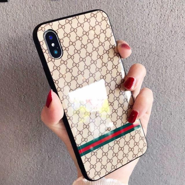 iphone8 プラス 赤 ケース 、 iPhoneケースXR.XS.7.8対応モノグラムの通販 by BANC's shop|ラクマ