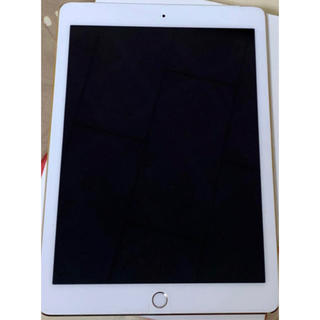 Apple - iPad Air2  64GB   docomo    ゴールド