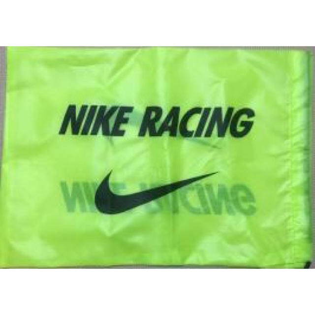 NIKE(ナイキ)のナイキ シューズケース シューズ 袋 ランニング 陸上 マラソン Nike スポーツ/アウトドアのスポーツ/アウトドア その他(陸上競技)の商品写真