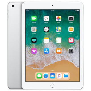 アイパッド(iPad)の【新品未開封】 iPad 32GB シルバー Wi-Fi 第6世代 2018年春(タブレット)