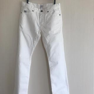 シーピーカンパニー(C.P. Company)のC.P COMPANYホワイトジーンズ(デニム/ジーンズ)
