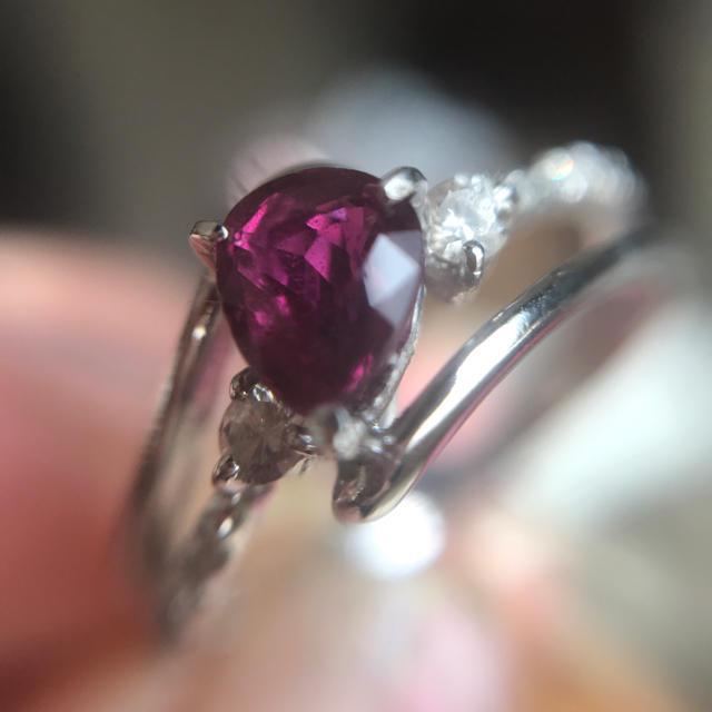 濃い赤綺麗!ペアシェイプカット 天然ルビーリング レディースのアクセサリー(リング(指輪))の商品写真